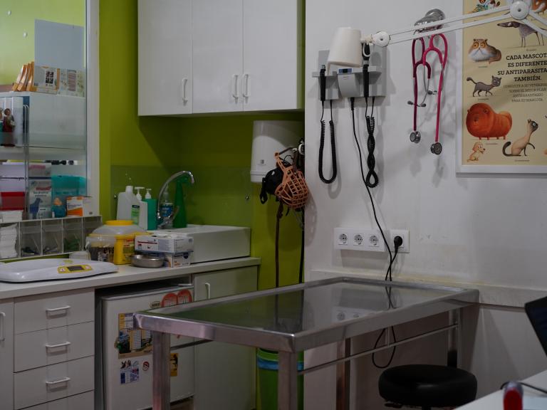clinica_veterinaria_os_durans_villagarcía_instalaciones_consulta_2