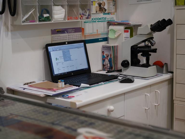 clinica_veterinaria_os_durans_villagarcía_instalaciones_consulta_6